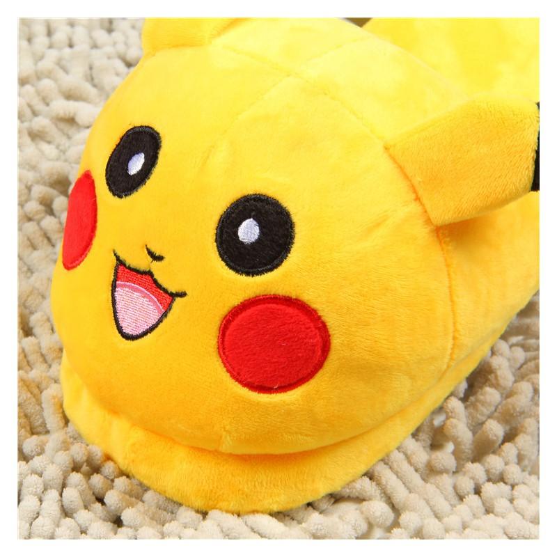 2766b126ad9d1 ... Chaussons Pokémon Enfant ...