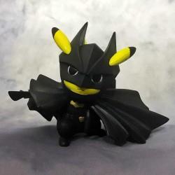Figurine Pikachu Super Hero Batman 12cm