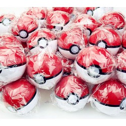 20 Pokeball + 20 Figurines Pokémon aléatoire