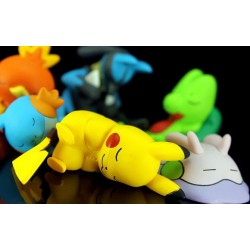 Figurine Pokemon Pikachu Poussifeu endormis