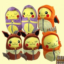 Peluche Pokemon Pikachu Sac de Couchage Evoli, Dracaufeu, Abo 25cm